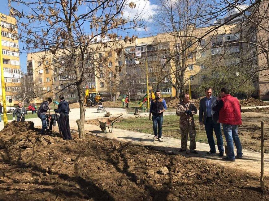Як Андріїв із місцевими депутатами Ужгород прибирали: фото, фото-3