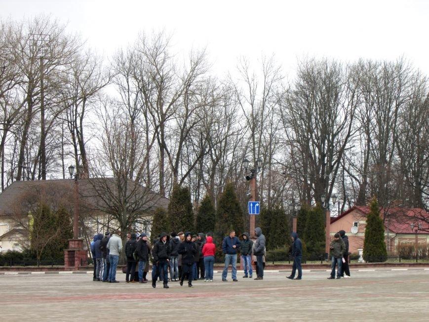 """В Полоцке несколько десятков человек митинговали против декрета """"о тунеядцах"""", фото-1"""