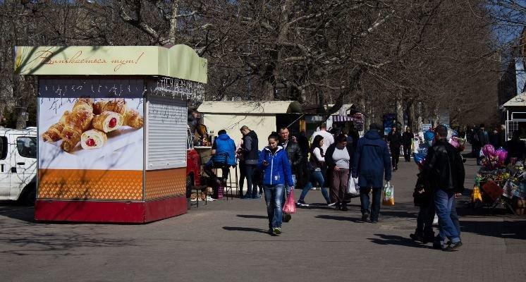 В Черноморске решают проблему временных торговых сооружений, фото-3