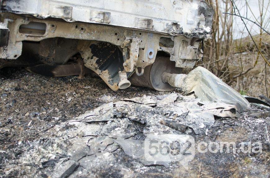 На улице Брестской в Каменском сгорел автомобиль, фото-4