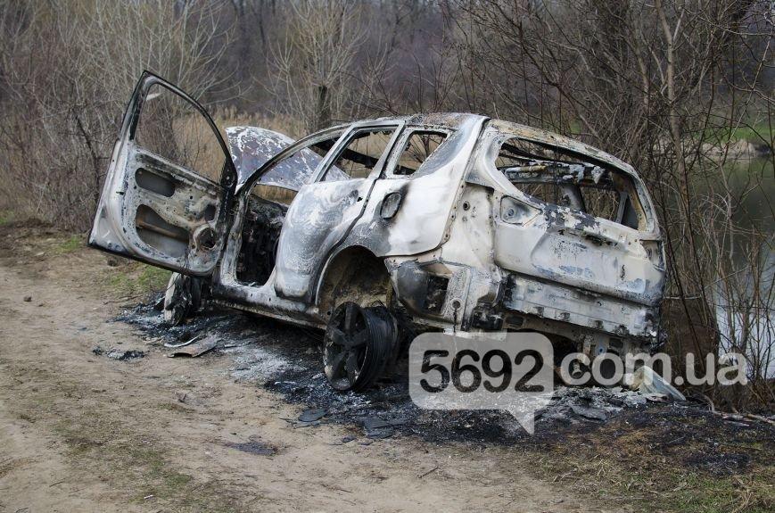 На улице Брестской в Каменском сгорел автомобиль, фото-2