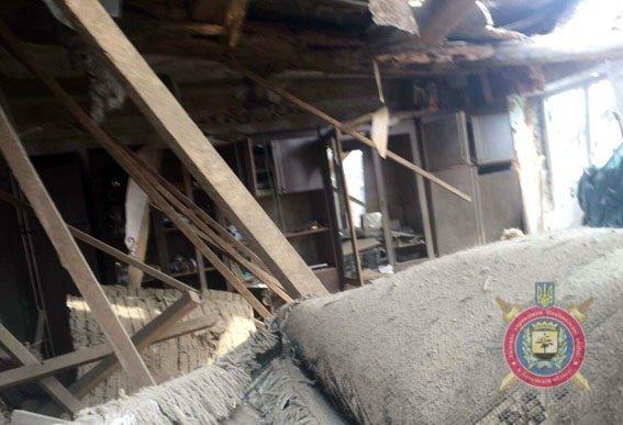 В Авдеевке от обстрела градами пострадал 21 дом (ФОТО), фото-1