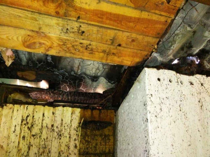 У Новограді-Волинському палав двоповерховий будинок, фото-1