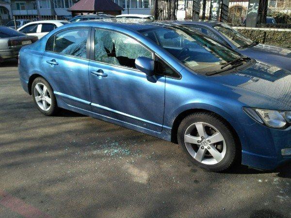 В Черноморске участились случаи краж из автотранспорта, фото-2