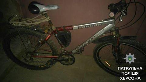 Херсонські патрульні затримали крадія велосипеда (фото), фото-1