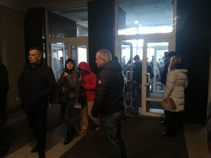 Рабочие ДМК вновь требовали у руководства выплатить зарплату, фото-8