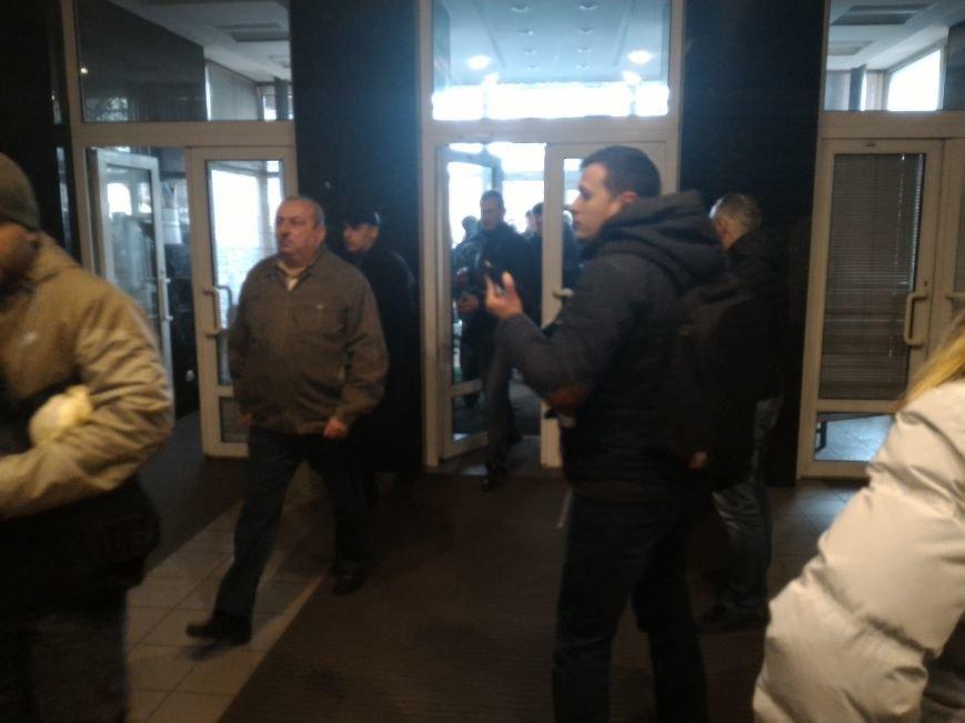 Рабочие ДМК вновь требовали у руководства выплатить зарплату, фото-7