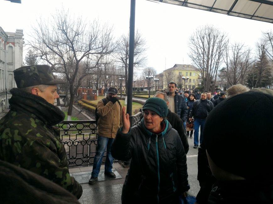 Рабочие ДМК вновь требовали у руководства выплатить зарплату, фото-6