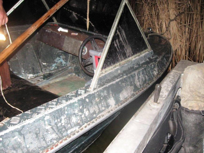 Інспектори Херсонрибохорони на держаних човнах займаються браконьєрством (фото), фото-2