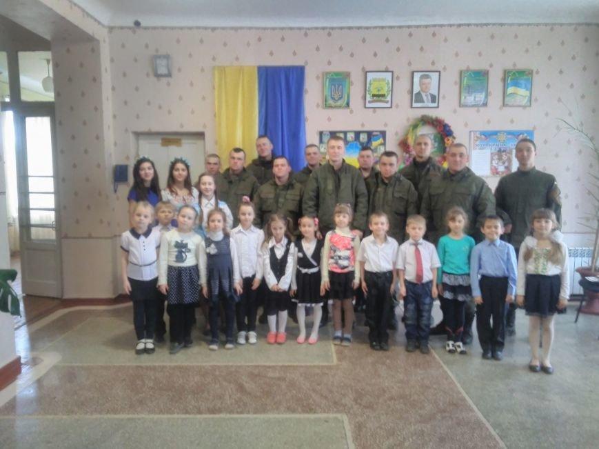 У ЗОШ №15 міста Покровськ відбулися урочистості до Дня Нацгвардії, фото-4