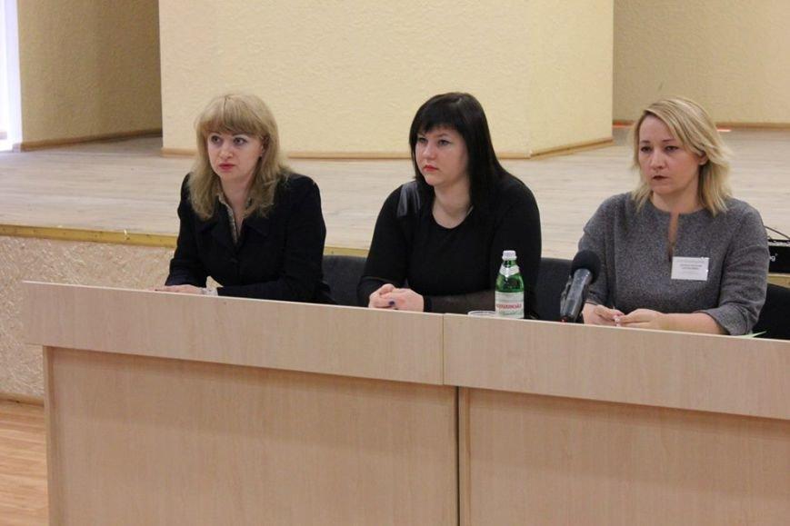 В Покровске пенсионный фонд совместно с налоговой провели семинар для плательщиков, фото-2