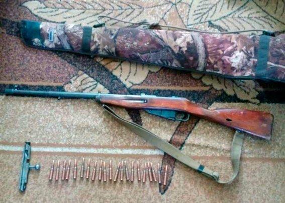 На Житомирщині поліція за 3 останніх тижня вилучила з незаконного обігу арсенал зброї та небезпечних предметів (ФОТО), фото-3