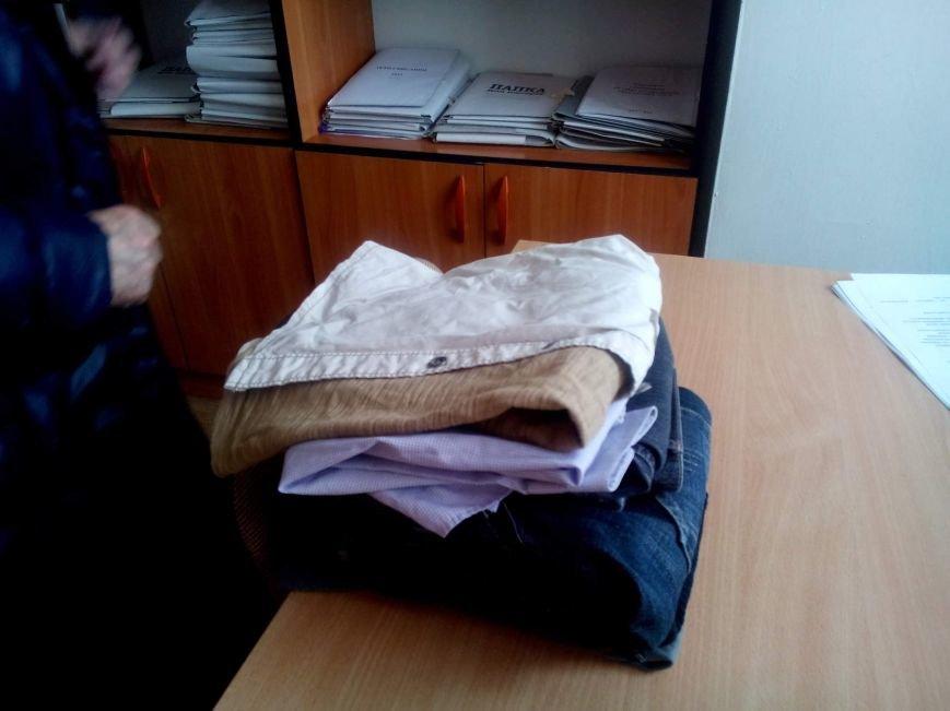 Киевские школьники собрали гуманитарную помощь своим сверстникам из Покровска, фото-1