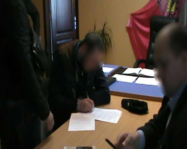 На Днепропетровщине «предприниматель» хотел подкупить прокурора за 100 долларов (ФОТО), фото-1