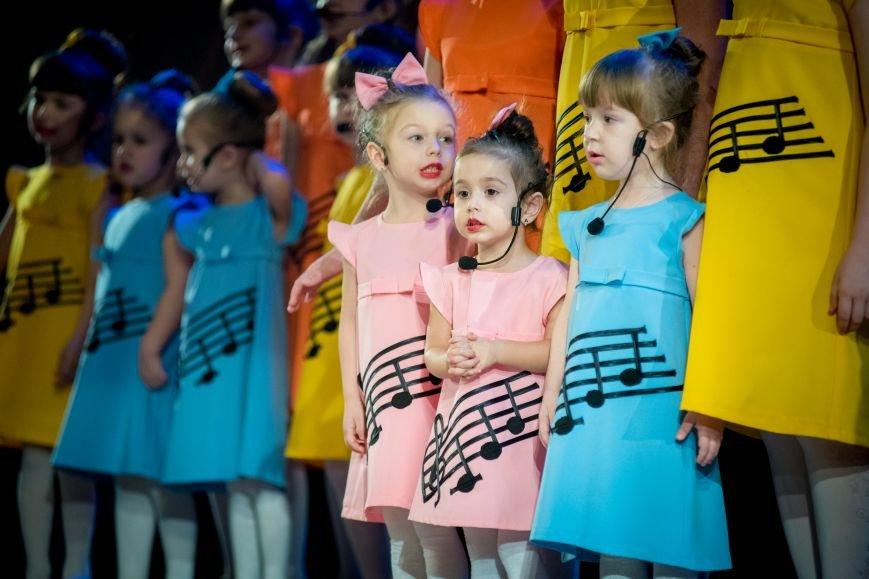 В Белгороде прошёл благотворительный концерт «Алые паруса», фото-9