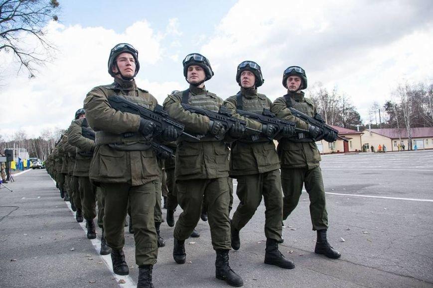 Командир кременчугских нацгвардейцев награждён медалью «За безупречную службу» III степени, фото-3