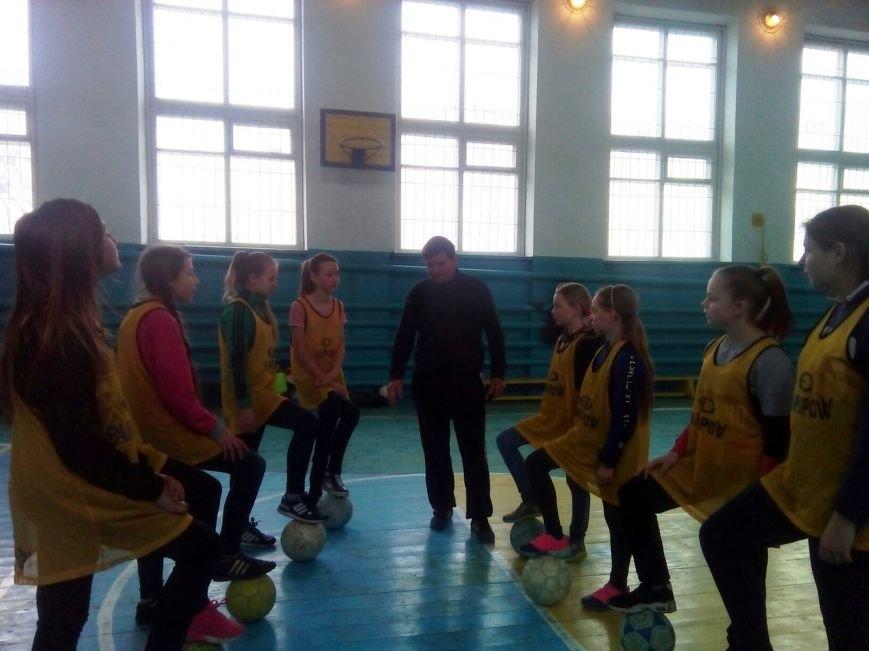 Новомосковск 0569 девочки 1