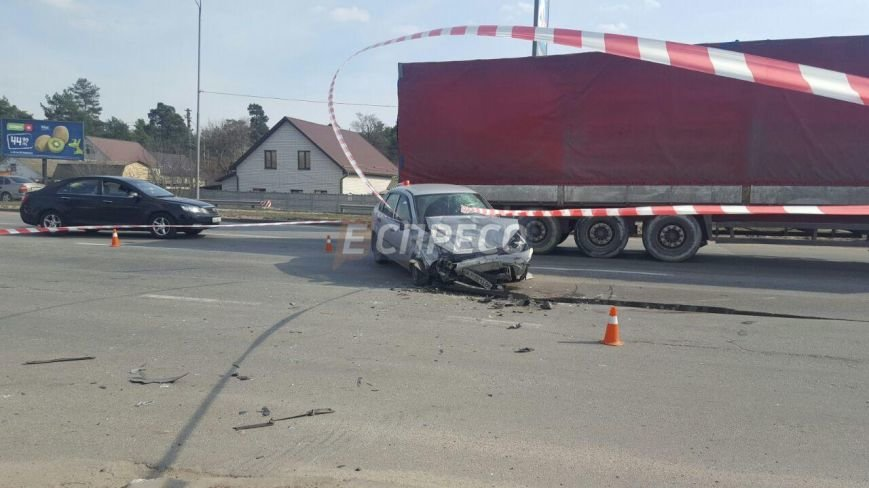 В Киеве произошло тройное ДТП, 8 пострадавших (ФОТО), фото-3