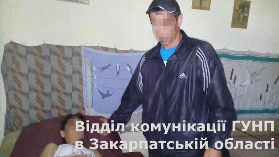 У Мукачеві злодій вийшов з тюрми за пограбування 70-річної бабусі і прийшов до неї з розправою: фото, фото-2
