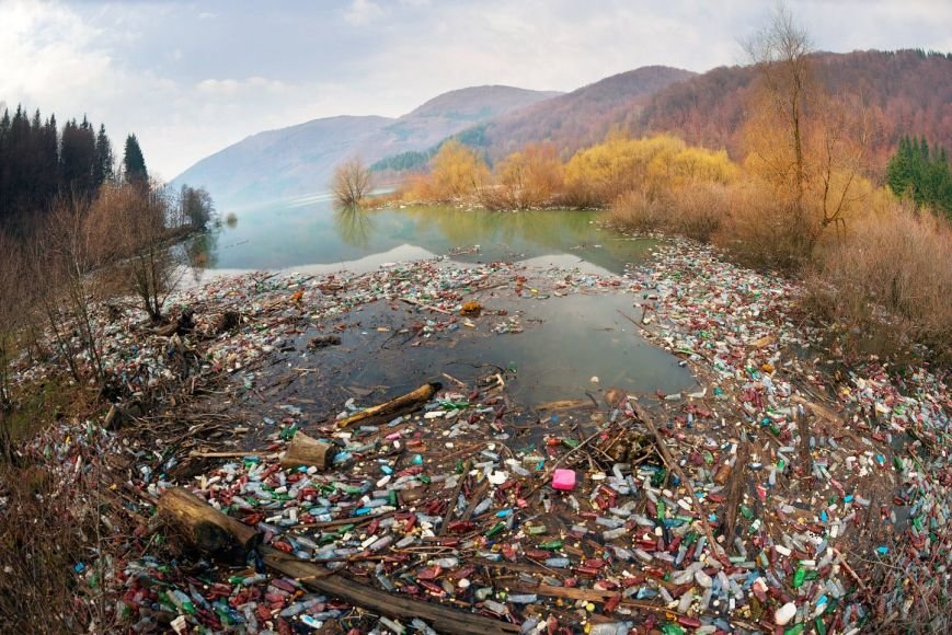 Краса і сміття: у соцмережі фотограф опублікував фото Закарпаття, яке завалене відходами, фото-2