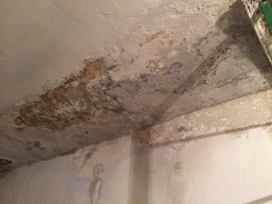 В Каменском подрядчика обязали переделать крышу, фото-2