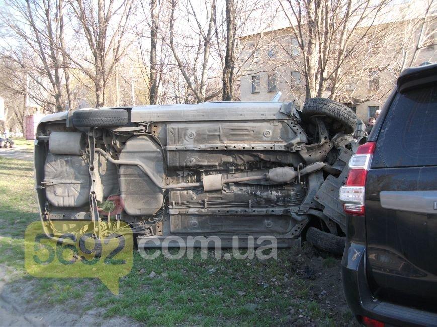 В Каменском на улице Южной произошло ДТП с пострадавшим, фото-2