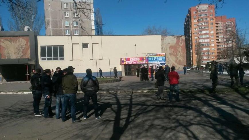 В Мариуполе взорвался джип, погиб сотрудник СБУ (ФОТО+ВИДЕО), фото-8