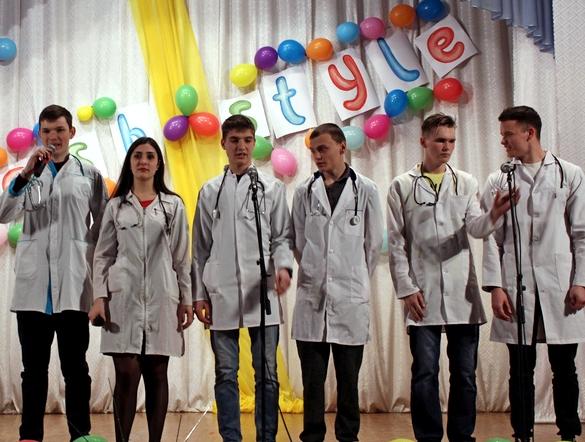 В Бахмуте прошел фестиваль юмора «Весна, любовь@выхода.net», фото-1