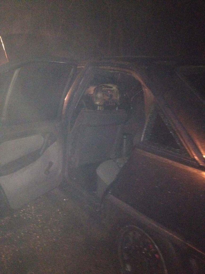 В Кременчуге по неизвестным причинам сгорел автомобиль Опель Омега (ФОТО), фото-4