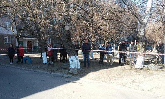 Теракт на Донетчине: сотрудник спецслужб взорвался в собственном автомобиле, фото-2