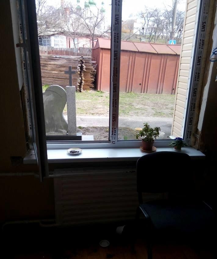 В Чернигове обокрали центр, занимающийся реабилитацией участников АТО, фото-1