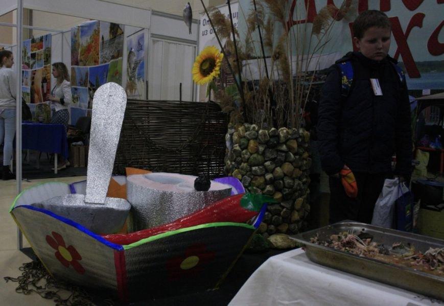 Виртуальную скатерть-самобранку можно увидеть на туристическом форуме в Ростове-на-Дону, фото-6