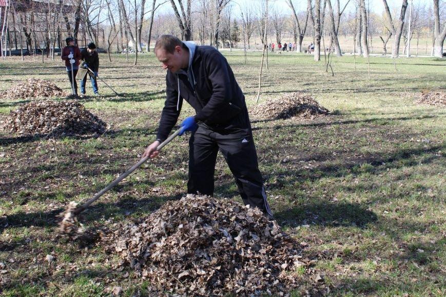 Мэр Покровска проанонсировал в соцсети официальное открытие общегородских субботников, фото-5