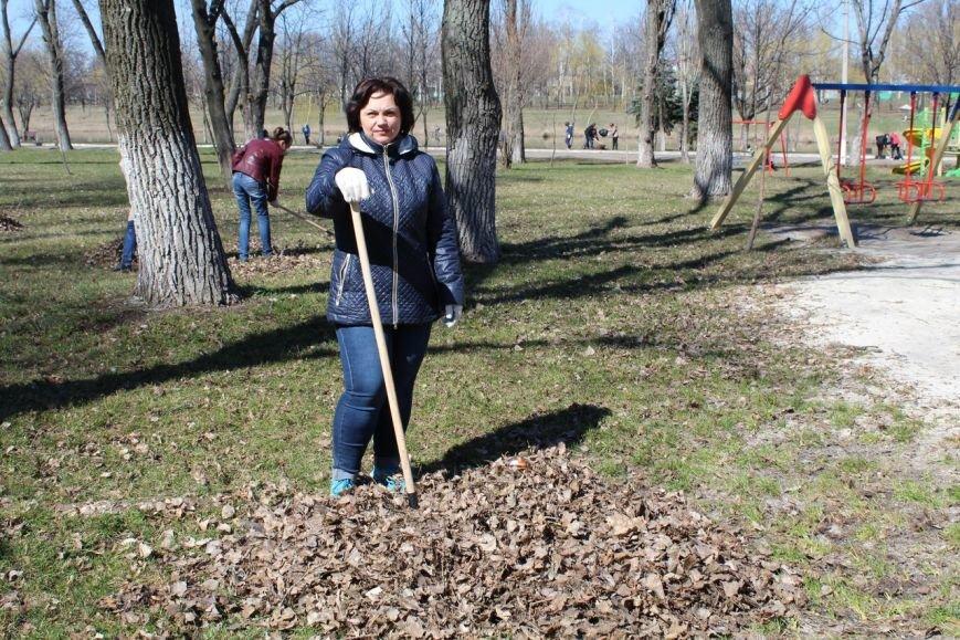Мэр Покровска проанонсировал в соцсети официальное открытие общегородских субботников, фото-9