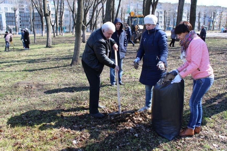 Мэр Покровска проанонсировал в соцсети официальное открытие общегородских субботников, фото-3