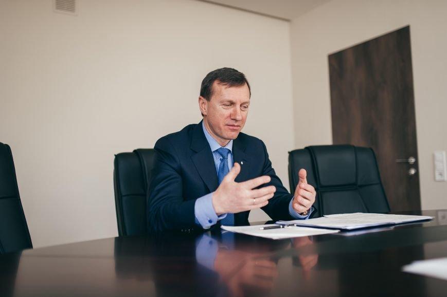 В Ужгороді у понеділок можна буде поговорити з Богданом Андріївим, фото-1