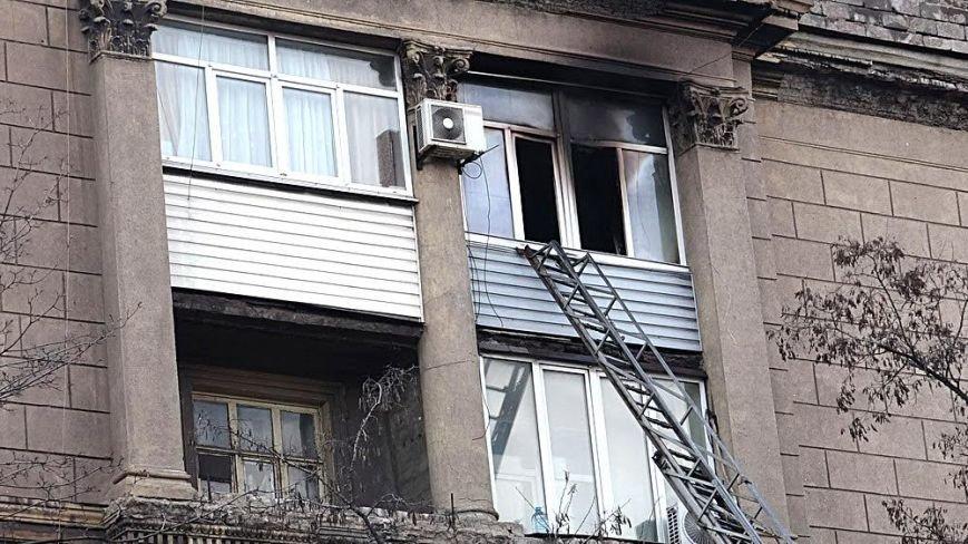 В Мариуполе горела квартира. Пострадала пенсионерка (ФОТО), фото-13