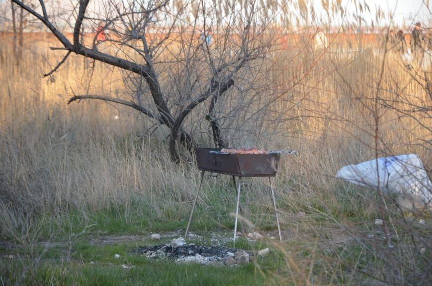 Рыбка клюет! Сотни мариупольцев объявили «охоту» на бычка (ФОТО+ВИДЕО), фото-15