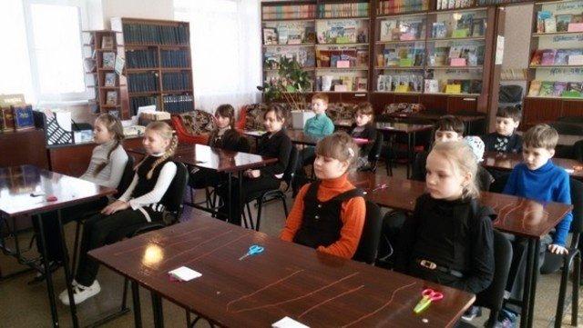 В Бахмутской школе расцвела сакура, фото-2