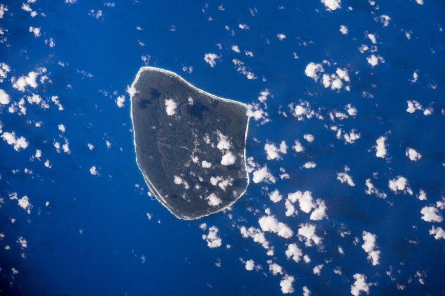 Остров вечного лета и ночной Монреаль: Сергей Рыжиков ведет фотолетопись с МКС, фото-7