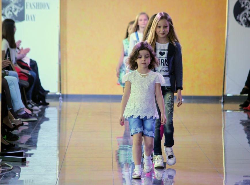 В Ужгороді пройшов «Uzghorod Fashion Day»: фоторепортаж, фото-15