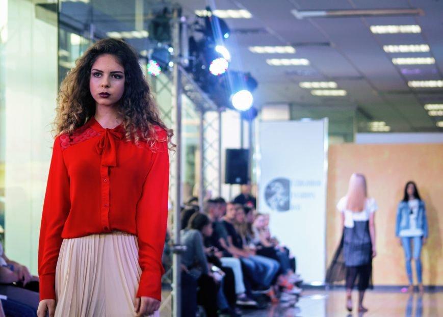 В Ужгороді пройшов «Uzghorod Fashion Day»: фоторепортаж, фото-17