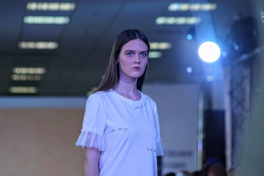 В Ужгороді пройшов «Uzghorod Fashion Day»: фоторепортаж, фото-18