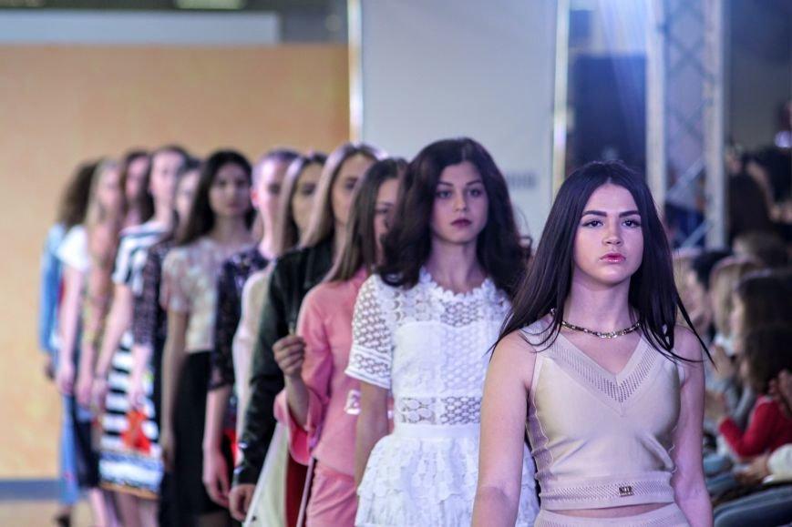 В Ужгороді пройшов «Uzghorod Fashion Day»: фоторепортаж, фото-1