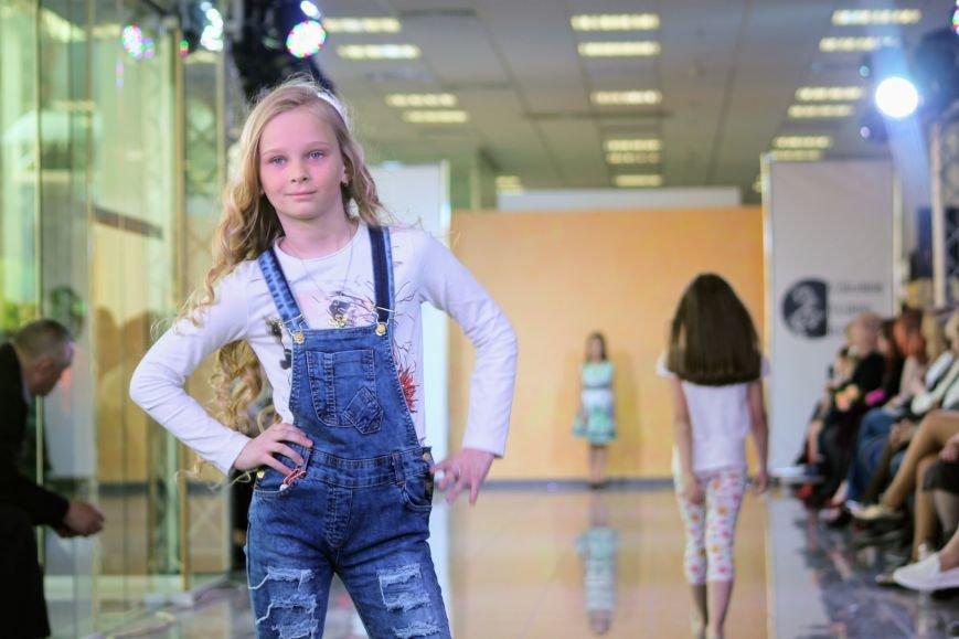 В Ужгороді пройшов «Uzghorod Fashion Day»: фоторепортаж, фото-14