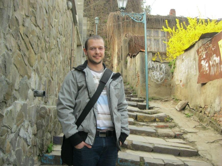 В Ужгороді капітально відремонтують Замкові сходи за півмільйона гривень: фоторепортаж, фото-3