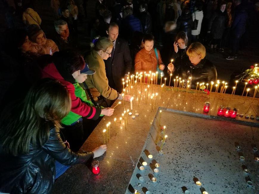Симферопольцы зажигают лампадки и скорбят по погибшим в результате взрыва в Санкт-Петербурге (ФОТОФАКТ), фото-2