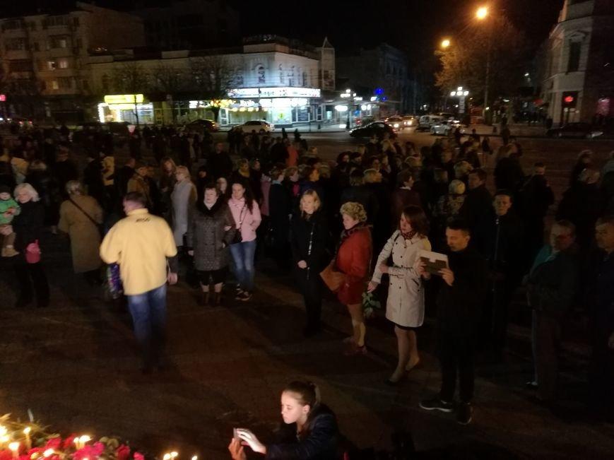 Симферопольцы зажигают лампадки и скорбят по погибшим в результате взрыва в Санкт-Петербурге (ФОТОФАКТ), фото-4