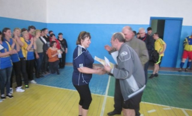 У Новоград-Волинському районі відбулася традиційна 18-та районна спартакіада працівників шкіл, фото-1