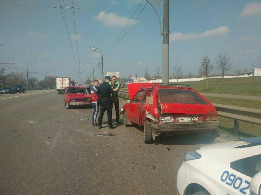 В аварии на проспекте Гагарина пострадал один из водителей (ФОТО), фото-1